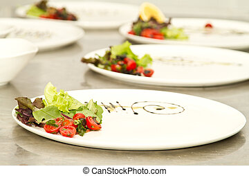 Plating - Plates decorated ready for food arrangment