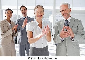 sonriente, empresa / negocio, gente, aplaudiendo