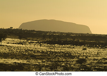 Australia, Ayers Rock in morning haze