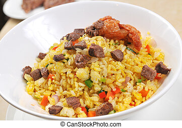 Fried steamed rice