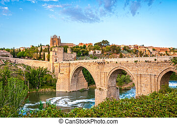 Panorama of famous Toledo bridge in Spain, Europe. -...