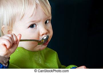 enfant, manger, cuillère