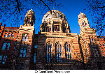 Berlin Synagogue - Front view of the synagogue at...