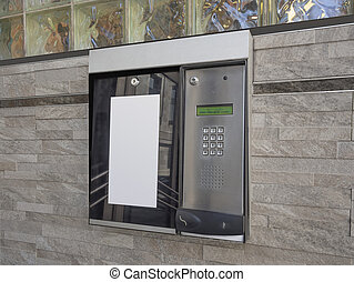 Intercom access to building - Entrance access keypad and...