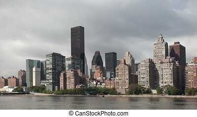 timelapse of manhattan skyline from a roosevelt island