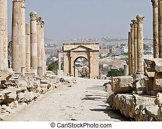 Roman city in Jerash - Main street cardo in Roman city....