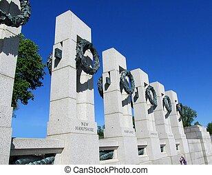 WW II memorial columns