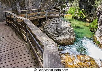 Board walk through Cerrada de Elias gorge - Cerrada de Elias...