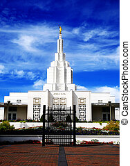 Mormon Temple Idaho Falls - Mormon Temple in Idaho Falls...