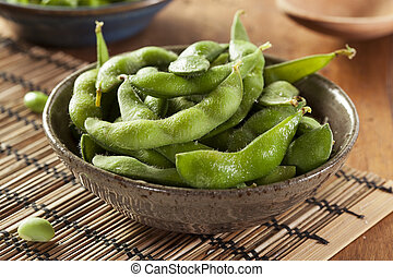 Green Organic Edamame with sea salt - Cooked Green Organic...