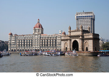 Gateway of India - The Gateway of India monument in Mumbai...