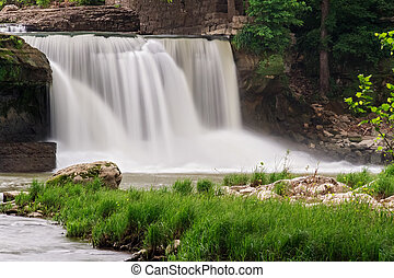 Waterfalll Whitewater - Upper Cataract Falls (Indiana)...