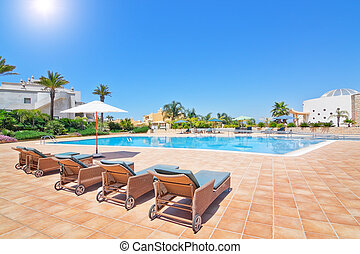 Lovely pool in the summer for a family vacation. Portugal...
