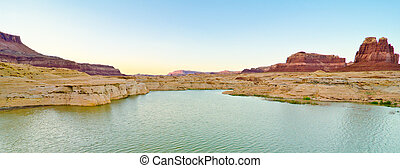 Scenery on the Dirty Devil River, Glen Canyon, UT