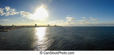 Havana skyline panorama - Panoramic view of Havana bay...