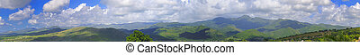 Cuban landscape panorama - Panoramic landscape view of...