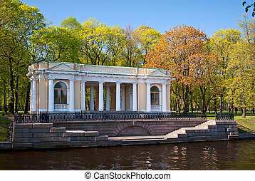 Portico of the Mikhailovsky Park. - Portico on the banks of...