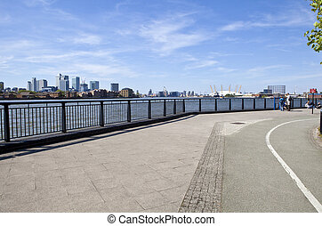 Thames Path in London - Thames Path leading past the sights...