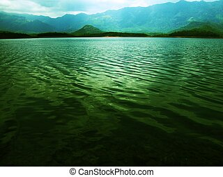 Lake by the mountains %u2013 water waves