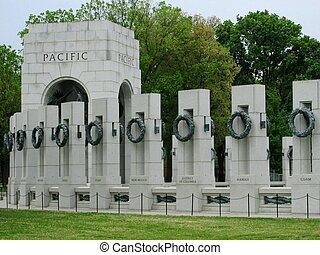 WW II memorial, columns and pacific arch