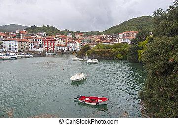 Mundaka,Vizcaya - Mundaka Harbour in Vizcaya, Spain