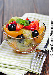 Fresh fruit salad with strawberry, kiwi and blueberry