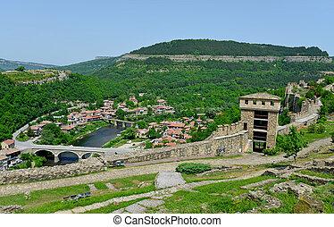Tsarevets Fortress Tsarevets in Veliko Turnovo, Bulgaria -...