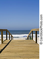 Beach access - Path to the water