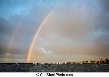 Double Rainbow over the Ocean - Tropical double rainbow over...