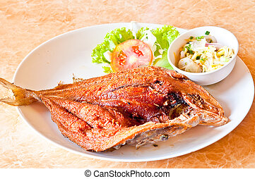 Deep-Fried Marinated Snapper with Sweet Fis