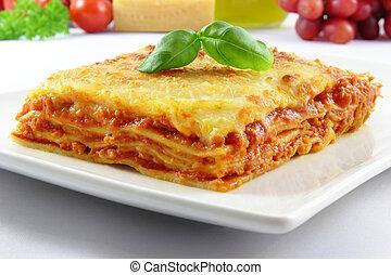 bolognese, lasagne