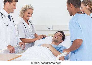médico, rir, equipe