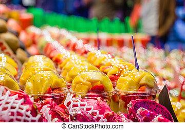 ramblas, Mercado, fresco,  La, empacado,  Boqueria, famoso, Conjunto, calle, Rebanada, frutas, Primer plano,  Barcelona, españa