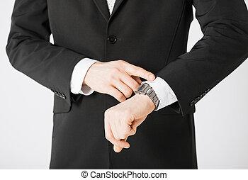hombre, Mirar, reloj de pulsera
