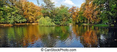 Autumn reflexions - Autumn seasonal colors and reflexions in...