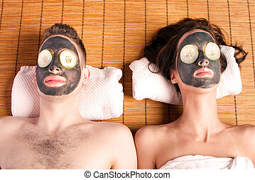 Couples retreat facial mask spa - Couples holiday retreat at...
