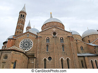 italy padua s.antonio church - view of italy padua s.antonio...