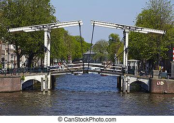 Amsterdam, países bajos, -, puente levadizo