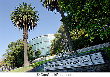 University of Auckland - AUCKLAND - MAY 29:Student in...