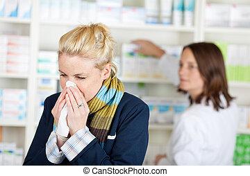 enfermo, joven, mujer, en, el, farmacia