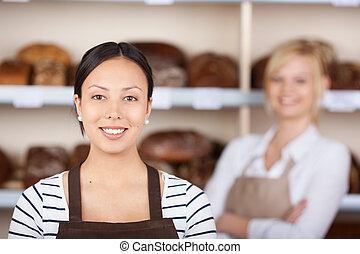 jovem, mulher, trabalhando, panificadora
