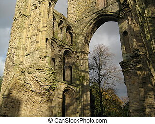 Kelso Abbey Details - picture of the Kelso Abbey in the...