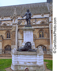 Oliver Cromwell statue - Statue of Oliver Cromwell in front...