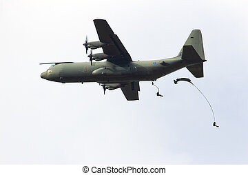 Para dropping - EDE, NETHERLANDS - SEP 22: RAF C-130...