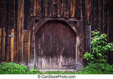 massive door