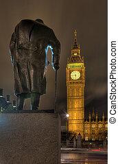 Churchill Statue overlooking Westminster - Statue of Winston...