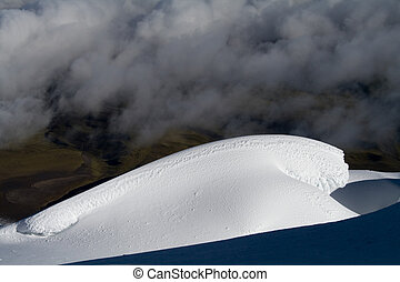 snow wave - an untouched snow wave