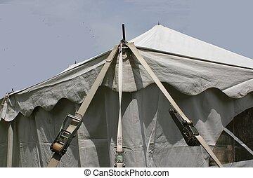 white tent corner