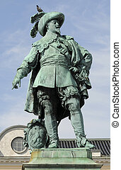 get off my hat - the statue of Gustav ll Adolf the founder...