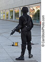 Police special forces in action - Police special forces in...